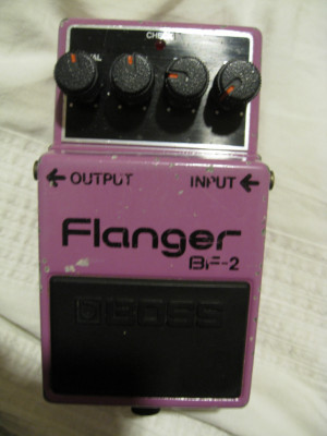 Boss BF-2 Flanger prototipo Japan 1981 Black Label