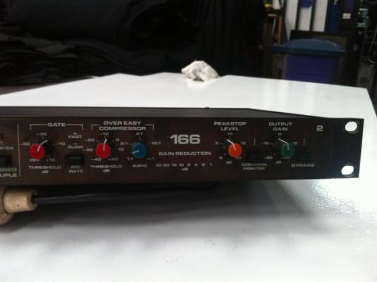 COMPRESOR 2 CANALES DBX 166