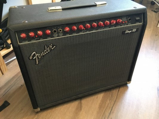 Cambio Fender stage 185