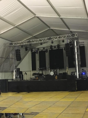 Line array Space Equipment AR 208
