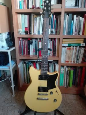 Yamaha Revstar rs320 Yellow