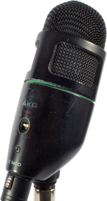 AKG C 5600