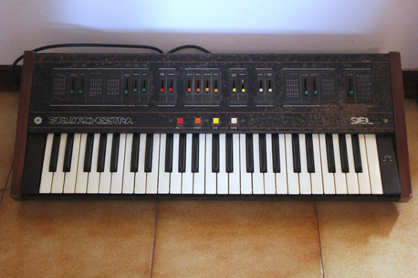 O cambio Siel ARP Quartet analog synth (Portishead Massive Attack etc)