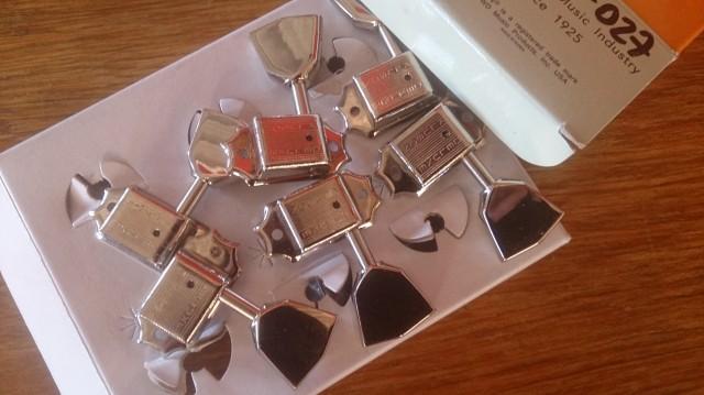 Afinadores Kluson nickel tipo vintage (agujero pequeño)