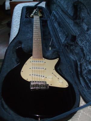 LAG Jet New Vintage 1000 Electric Guitar | Black