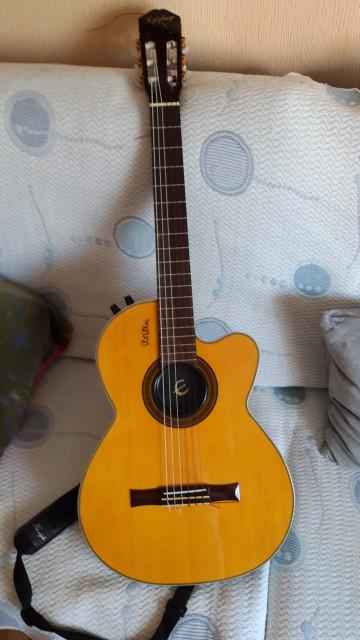 Guitarra Epiphone Chet Atkins nylon