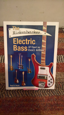 The Rickenbacker Electric Bass 50 Years As Rock >>> RESERVADO <<<