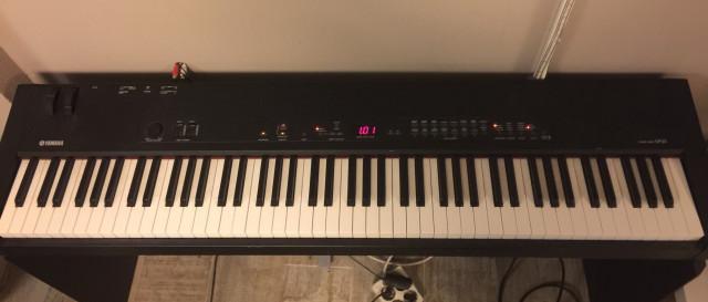 Piano Yamaha CP 33