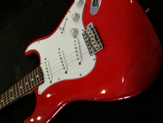 Fender Stratocaster made in Japan 93/94Candy Red Apple