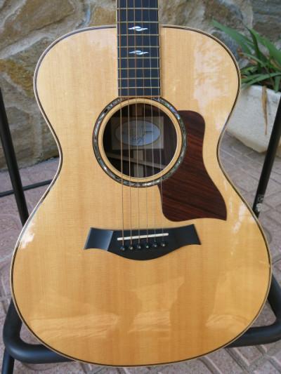 Taylor 812. Acústica