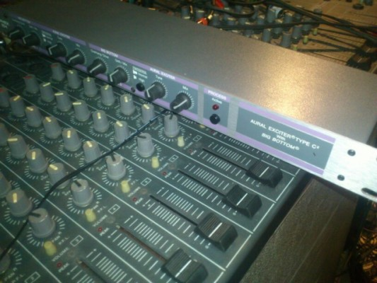 Apex 104 aural exciter type C with big bottom