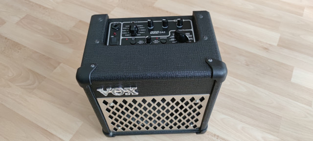 Amplificador VOX DA5