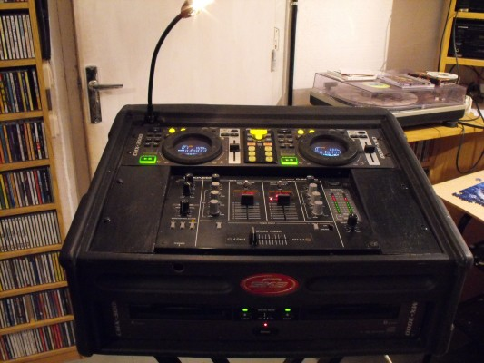 Pioneer CMX 3000 + Pioneer DJM 300 + FLIGHTCASE ( Super compacto!)