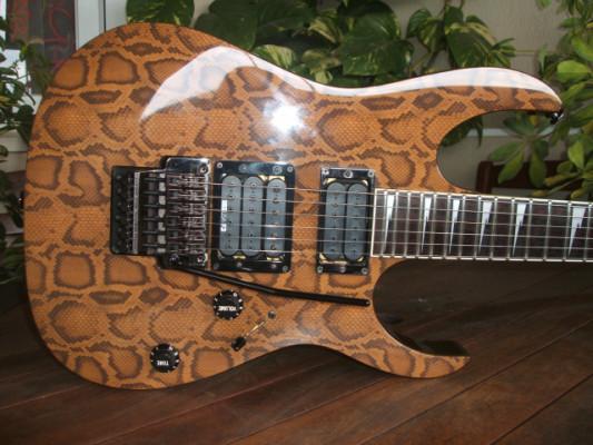 Ibanez USA Custom Metal Design UCMD Serpent