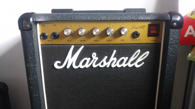 Marshall Lead 12 con celestion greenback (VENDIDO)