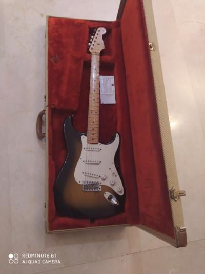 Stratocaster  57 fullerton de 1982  primeríssimo número de serie USA