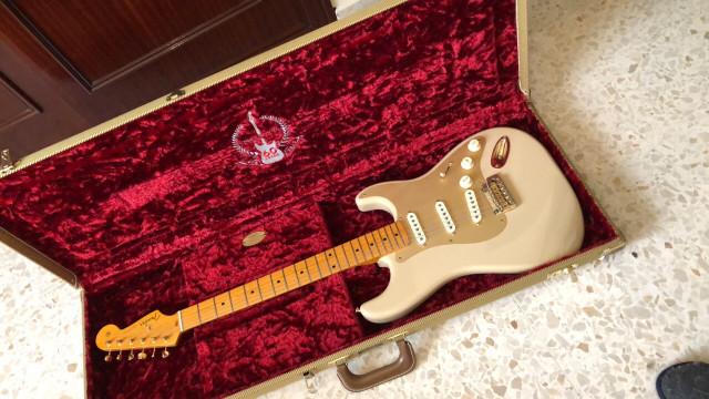 Fender stratocaster 60 aniversario 2014