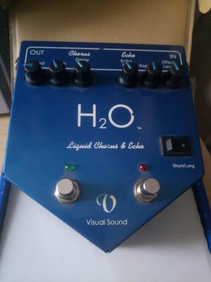 Visual Sound H2O V1 chorus & echo