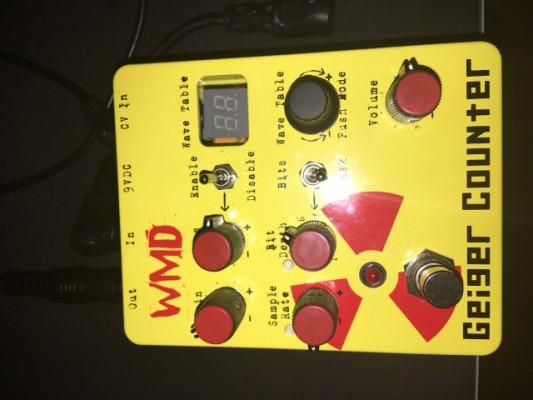 Distorsion WMD Geiger Counter