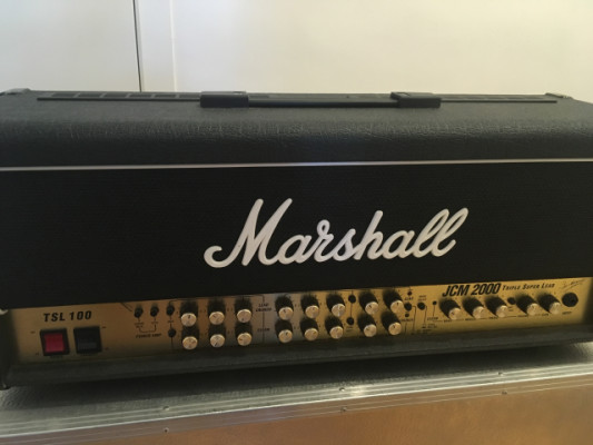 Vendo: Cabezal Marshall JCM 2000 TSL 100 + Flightcase +Footswitch
