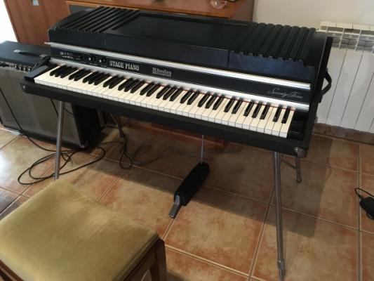 piano eléctrico fender rhodes mark II del Año 81.