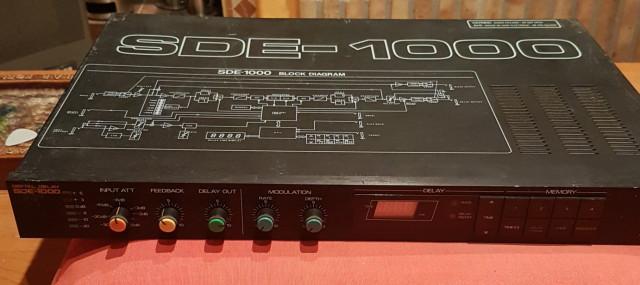 Roland SDE-1000 (Delay)