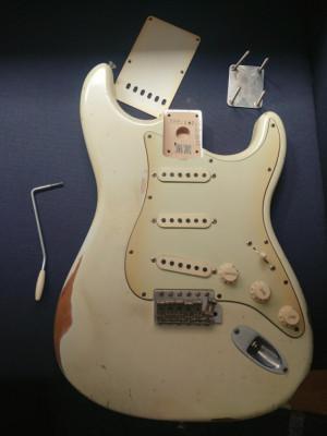 Cuerpo+HARDWARE Fender Road Worn 60 Stratocaster