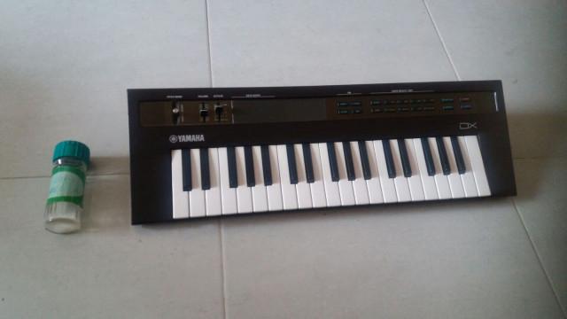 sintetizador yamaha dx reface
