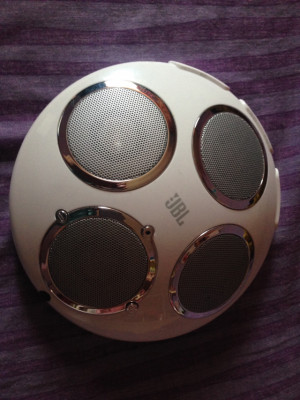 Dock JBL On Tour Xt impecable sin uso