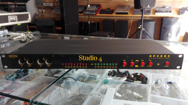 Opcode Studio 4 8x8 MIDI Interface and Patchbay