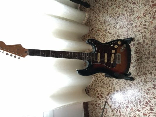 Squier Classic Vibe '60 sb Stratocaster