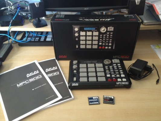 Akai MPC 500 (con compact flash 2gb)