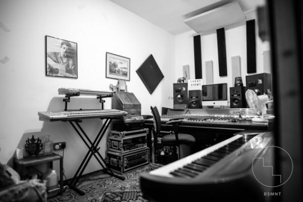 espacios de ensayo / estudios de producción de música