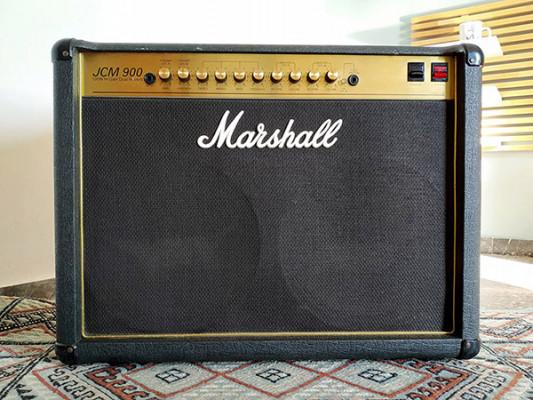 Marshall JCM 900 4102 100-Watt Hi Gain Dual Reverb 2x12