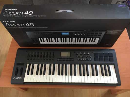 M-Audio Axion 49