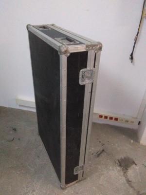 flight cases negro mesa sonido