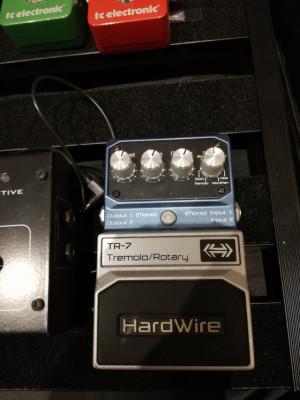 Digitech hardwire tr7 con caja buen estado