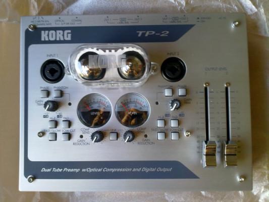 KORG TP2 Previo y compresor a válvulas
