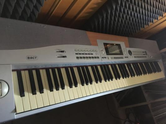 Se vende piano digital 88 teclas