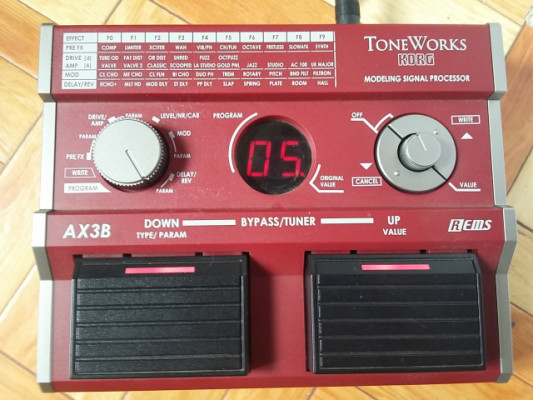 Korg ToneWorks AX3B - multi FX bajo