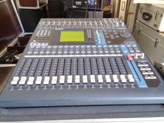 Yamaha 01V96 + Flightcase + Ada8000 FALLAN 3 Canales