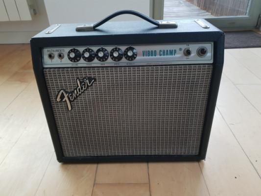 Fender Vibro Champ Silverface de 1976