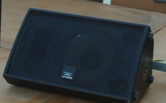 4 monitores Wharfedale