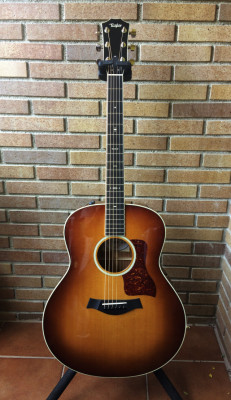 Taylor 518e Fall limited 2014