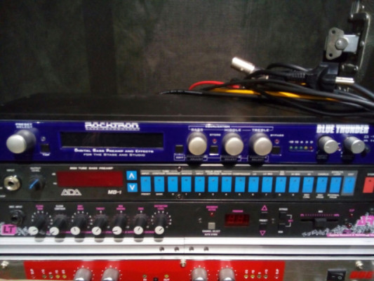 Preamp rocktron bluethunder with multiefects