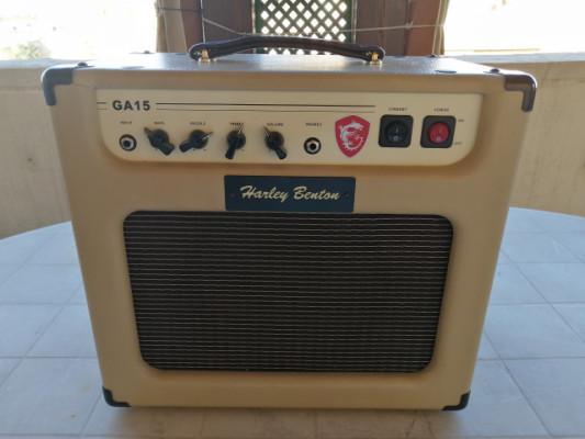 Amplificador Harley Benton 15 watios envio incluido !! IMPECABLE !!