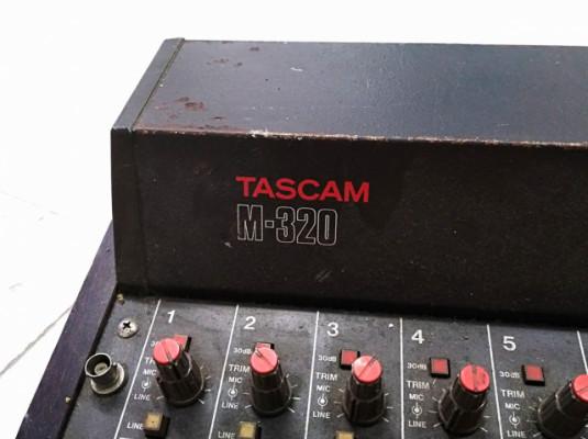 TASCAM M320