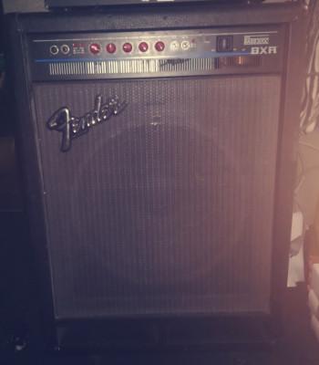 Fender de 300 wattios bass 300C bxr