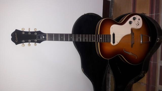 Gibson Epiphone Granada E-444T. 1.000€