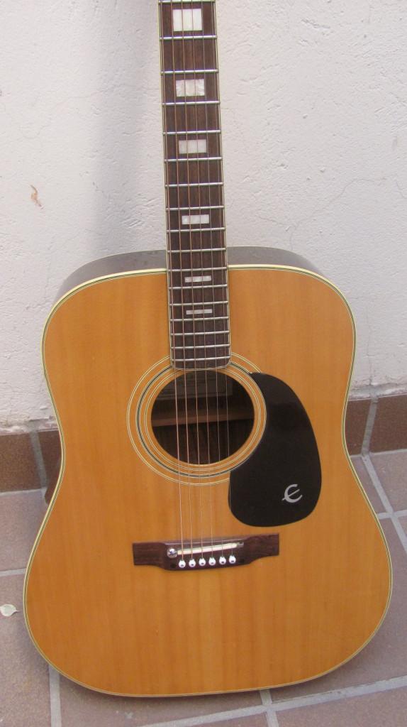 Guitarra acústica Epiphone FT-150 made in Japan 1980 de segunda mano por  350 € en Madrid